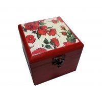 جعبه چوبی طرح گل قرمز
